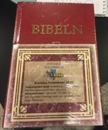 Bibeln - Hård pärm röd